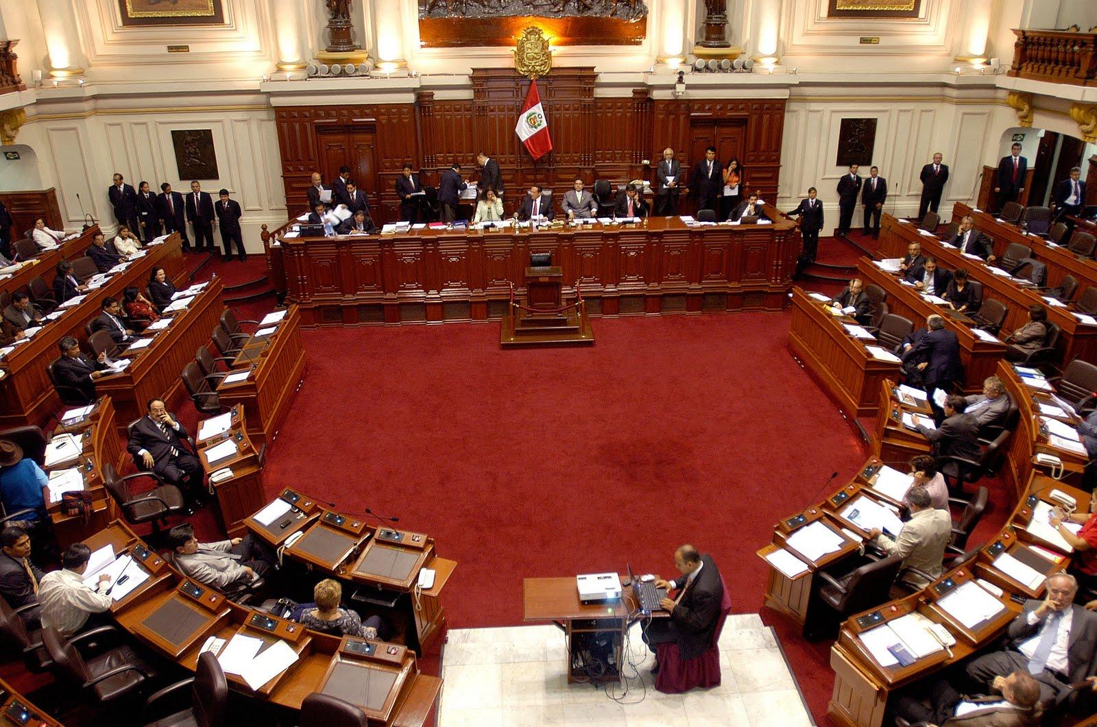 Congreso aprueba eliminación de organizaciones políticas locales